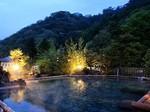 夜の屋上露天風呂.jpg